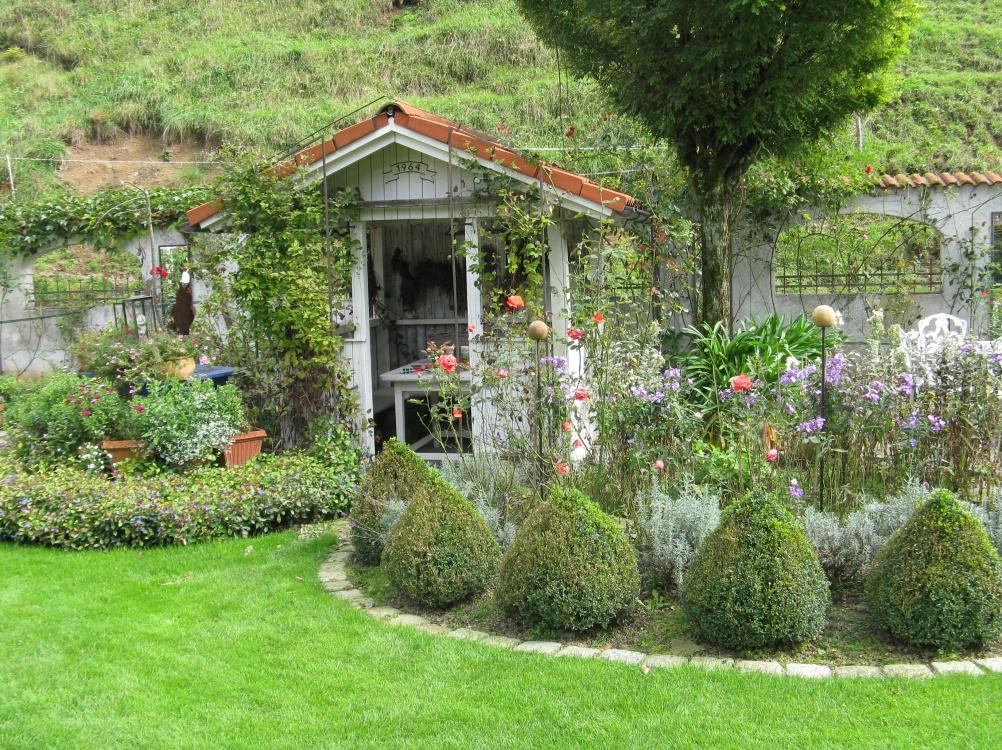 Gartenpflegearbeiten bei Familie Heigl